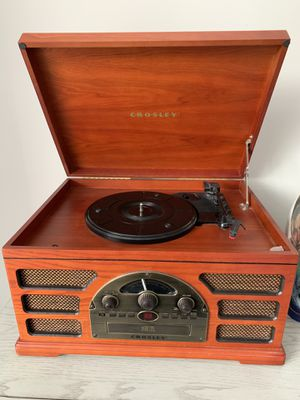 Crosley 5 in 1 Stereo System for Sale in Chicago, IL