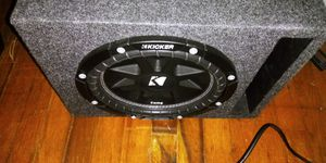 10 inch kicker subwoofer in ported box with kicker amp for Sale in Milton, FL