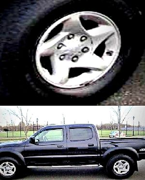ֆ14OO O4 TOYOTA TACOMA 4WD for Sale in Raleigh, NC