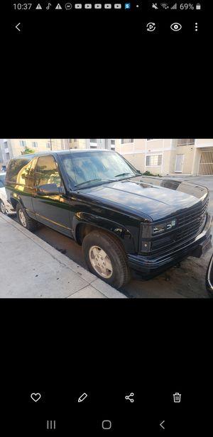 93 Chevy blazer 1500 2 door 4 by 4 for Sale in Hawthorne, CA