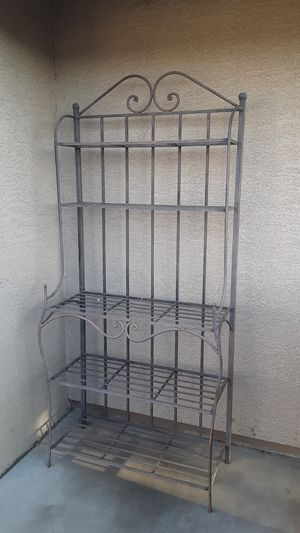 Bakers rack. for Sale in Peoria, AZ