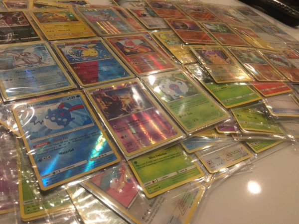 Pokemon 2014-2017 Mixed Card Lot-Holo, Base, Trainer and Energy Over 280 Cards!