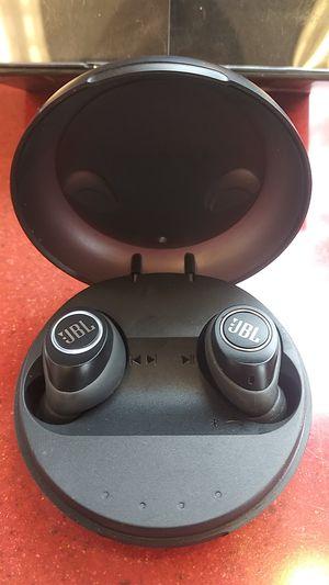 JBL wireless headphones for Sale in Puyallup, WA