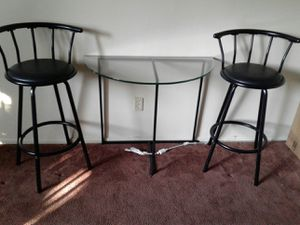 MOON TABLE 2 STOOLS for Sale in West Covina, CA