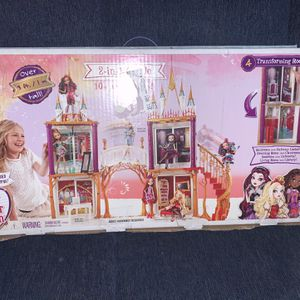 Ever After High 2 In 1 Castle for Sale in Los Angeles, CA