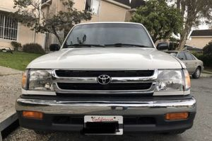 Toyota Tacoma 5 speed for Sale in Vista, CA