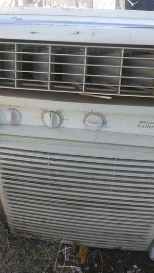 Frigidaire Gallery Window AC unit for Sale in North Las Vegas, NV