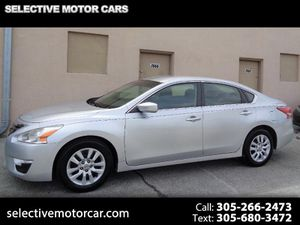 2013 Nissan Altima for Sale in Miami, FL