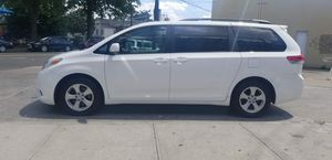 2011 Toyota Sienna LE Minivan 4D for Sale in The Bronx, NY