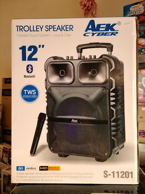 "New 12"" Portable Bluetooth speaker with wireless mic, aux, usb, fm radio, remote control for Sale in Riverside, CA"