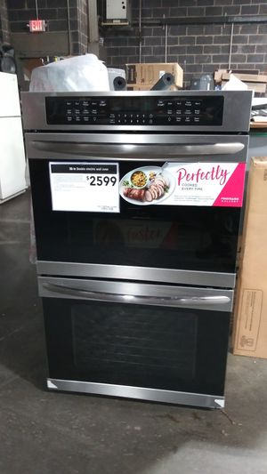 "New 30"" Frigidaire Electric Convection Double Stainless Wall Oven for Sale in East Hartford, CT"