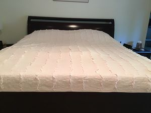 Full size bedspread for Sale in Litchfield Park, AZ