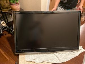 55 inches Aquos Sharp LED TV for Sale in Tacoma, WA