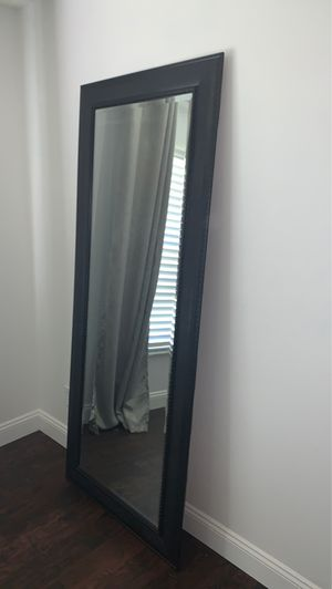 Mirror for Sale in Eustis, FL