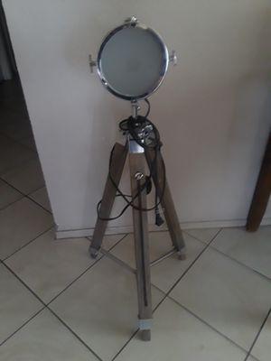 Lamp for Sale in Rialto, CA