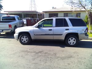 2004 Chevy Trailblazer for parts for Sale in Los Angeles, CA
