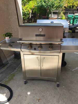 BBQ GRILL for Sale in Lodi, CA