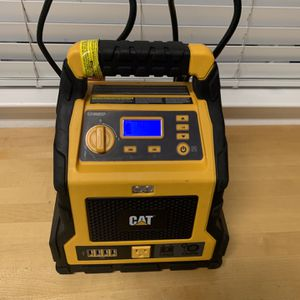 Like New CAT Car Battery Jumper for Sale in Manteca, CA