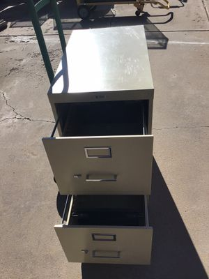 Allied school and office supplies manufacturing two drawer file cabinet. for Sale in Albuquerque, NM