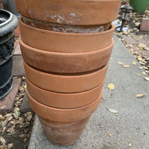 """Six Clay Planting Pots 8""""diameter for Sale in Glendale, CA"""