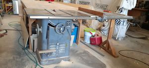 Old sxhool delta 6' table saw for Sale in Altamonte Springs, FL