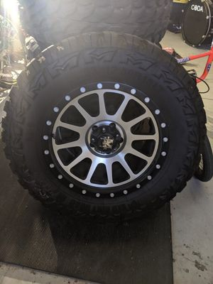 "18 "" wheels and tires off-road jeep beadlock for Sale in Fontana, CA"