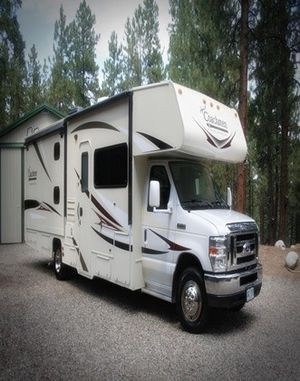 one owner camperCoachmen in mint condition for Sale in Dallas, TX