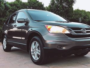 SELLING HONDA CRV 2010 GREY 4 DOORS for Sale in Columbus, OH