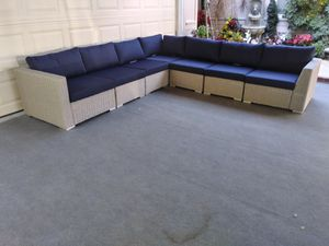 Outdoor patio sectional couch L shape sofa for Sale in Woodland Hills, CA