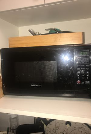 Farberware Microwave for Sale in New York, NY