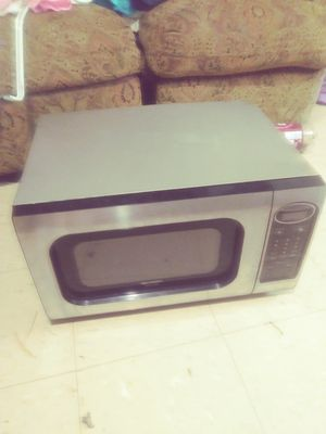 Microwave silver and black for Sale in Knoxville, TN