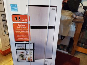 Mini Fridge for Sale in Newark, CA