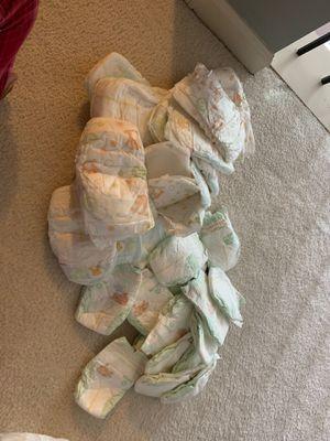 Newborn Huggies diapers! Selling whole bag for $5 for Sale in Lilburn, GA