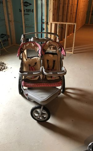 Dual stroller for Sale in Eighty Four, PA