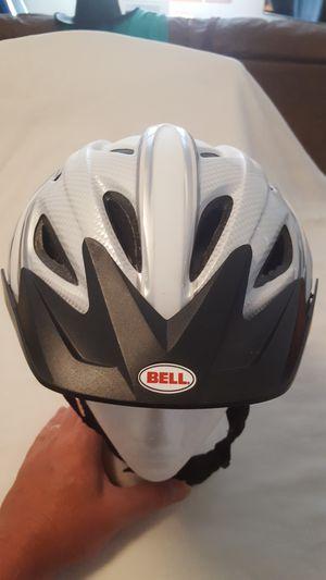 BELL ADULT BIKE HELMET SIZE 55 TO 60 CM. for Sale in Everett, WA
