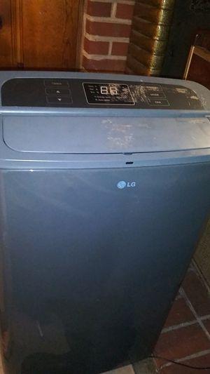 LG Portable AC 12000 Btu for Sale in Nashville, TN