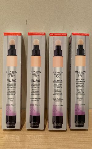 Revlon Youth Fx fill + blur concealer in light or light/medium for Sale in Alexandria, VA