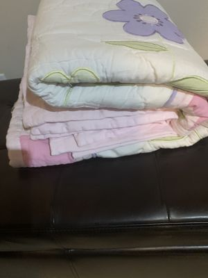 Bedding set 5 pieces for Sale in Auburn, WA