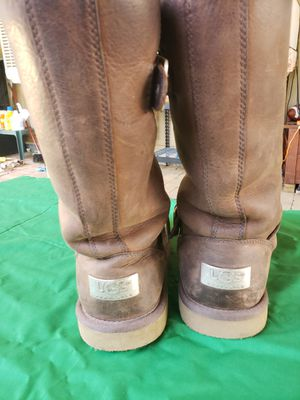 Uggs boots for Sale in Menifee, CA