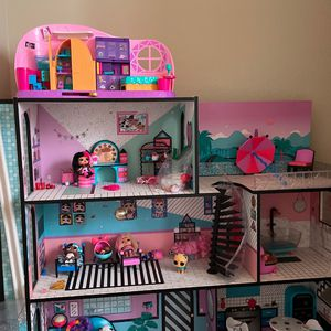 LOL Doll House with Extra Accessories for Sale in Beaverton, OR
