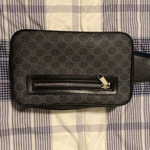 Gucci GG Supreme Crossbody Bag *USED* for Sale in New York, NY