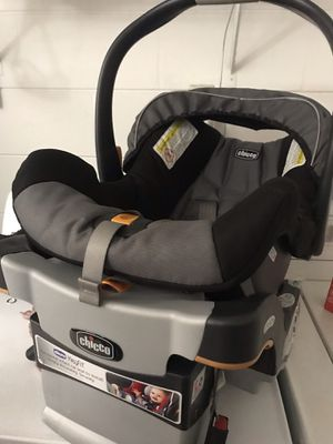 Chicco KeyFit 30 Infant Car Seat for Sale in Orlando, FL