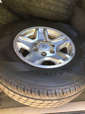 Toyota 4runner rims & tires (Stock 3rd Gen) for Sale in Arlington, VA