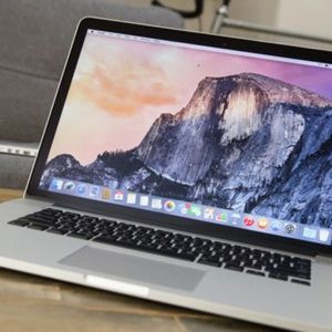"""17# Apple 15"""" MacBook Pro Retina/ 2.3Ghz Intel i7 / 8GB / 256GB Flash SSD / NVIDIA GeForce 1GB Dual Graphics / Cycle: 198 /// PHOTOSHOP- ADOBE C for Sale in Rolling Meadows, IL"""