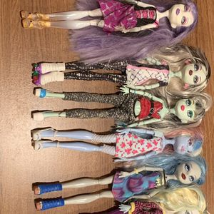 Monster High Dolls Lot Of 10 for Sale in Chicago, IL