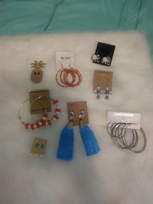 New 10 pairs assorted earrings for Sale in Yonkers, NY
