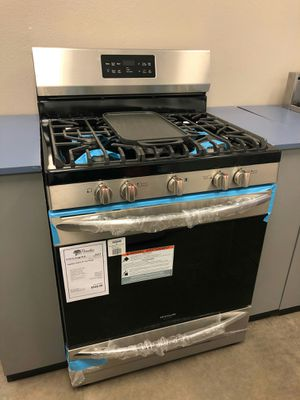 NEW Frigidaire Gallery Gas Stove w/ Griddle!1 Year Manufacturer Warranty for Sale in Gilbert, AZ