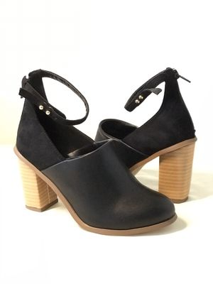 Size6.5 Brand New FSJ Chunky Heels sandals with Ankle Strip for Sale in Las Vegas, NV