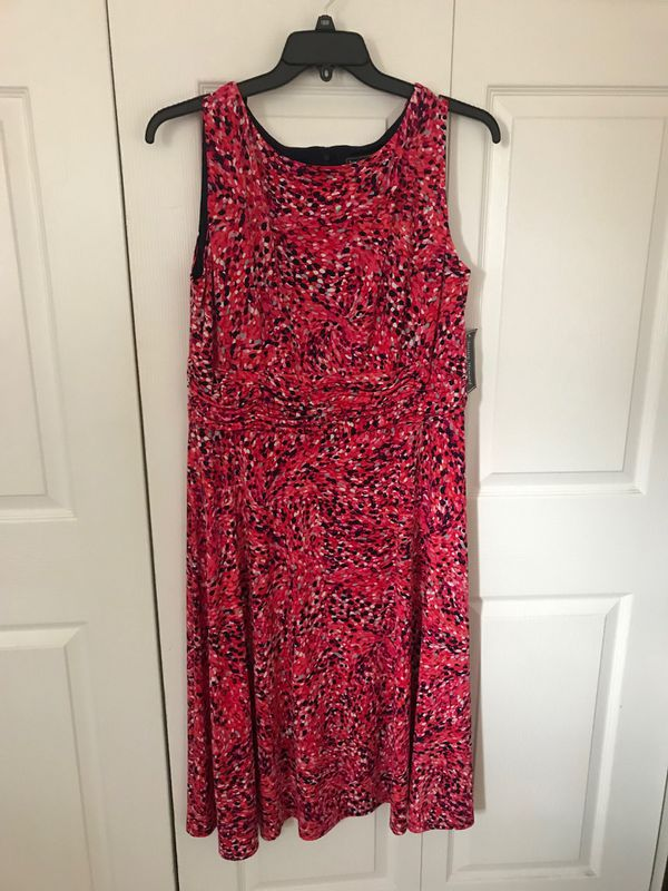 Brand new jessica HOWARD PINK PRINT SLEEVELESS DRESS RUC size 16w (pick up only)