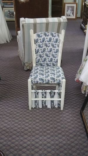Antique white wood chair for Sale in Spartanburg, SC